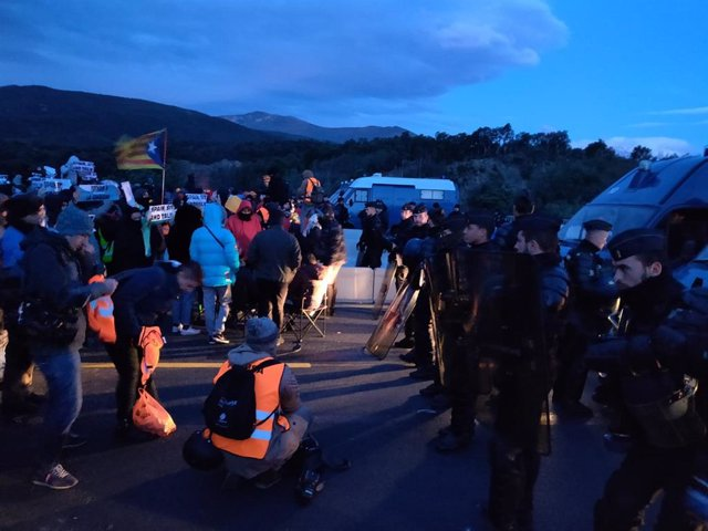 El tall de l'AP-7 a la frontera francesa de Tsunami Democràtic.