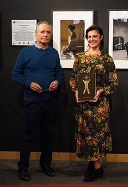La fotógrafa sevillana Sensi Lorente recibe el premio Med Photo Fest de Sicilia