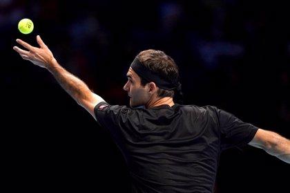 Federer mantiene sus opciones y Thiem se mete en semifinales a costa de Djokovic