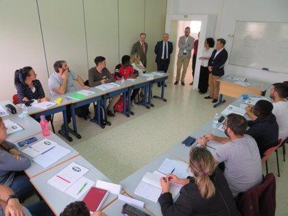 """Díaz, en la Escuela de Hostelería de Islantilla (Huelva): """"Con Cs sale la corrupción y entra la formación"""""""