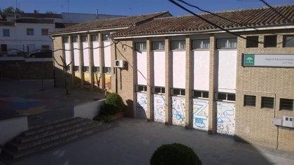 Educación destinará más de 150.000 euros en obras de mejora en el Colegio Juan Pedro de Alcaudete (Jaén)