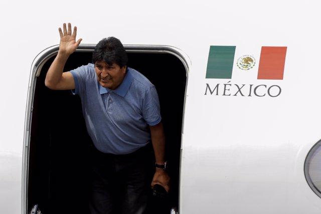 El ex presidente boliviano Evo Morales llega a México en calidad de asilado político