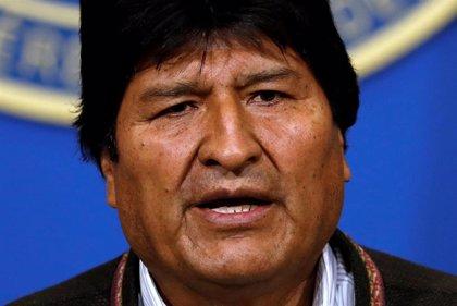"""Bolivia.- Evo Morales llega """"sano y salvo"""" a México tras una odisea por la región"""