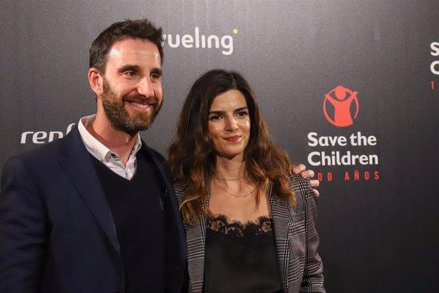 Dani Rovira y Clara Lago en la entrega de los premios 'Save the Children' con motivo de su 100 aniversario
