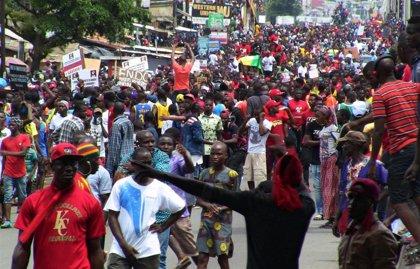 Amnistía denuncia al menos 70 muertos en protestas contra Condé en Guinea desde 2015
