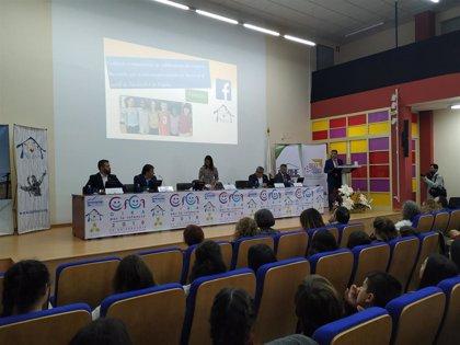 Expertos mundiales reclaman en Cáceres más atención a la infancia para conseguir sociedades más justas