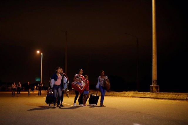 """Resultado de imagen para ONU pide 1.350 millones de dólares para atender a los migrantes venezolanos"""""""
