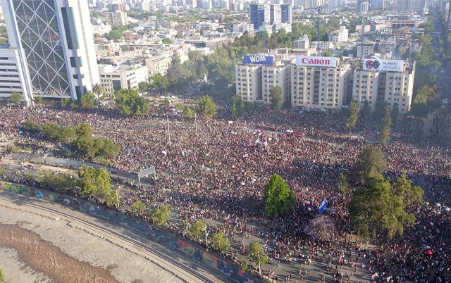 Manifestación en plaza Italia, Santiago (Chile)