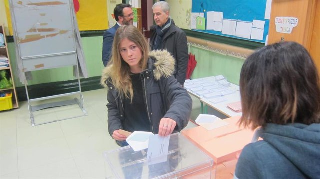 """10N.- Beatriz Fanjul (PP) anima a la ciudadanía a acudir a votar """"con cabeza"""""""