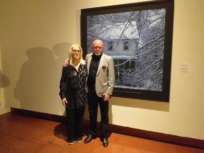 Carolyn Marks Blackwood invita al espectador a proyectar sus emociones sobre 52 fotos