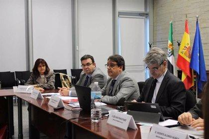 La segunda fase del Hospital de Cáceres y el nuevo de Don Benito-Villanueva de la Serena se licitarán en 2020
