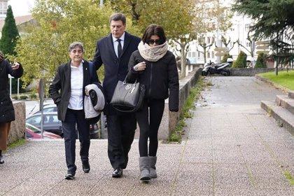 """La asociación Clara Campoamor y Juan Carlos Quer insisten en la prisión permanente revisable en una jornada """"dura"""""""