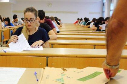 Organismos universitarios de toda España se reúnen a partir del jueves en Santiago para debatir sobre la selectividad