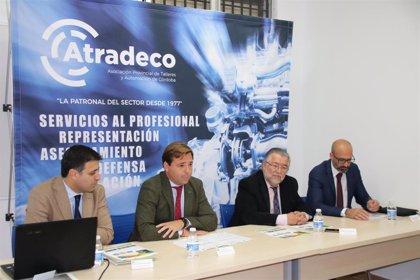 La Junta informa a la Asociación de Talleres de Córdoba del programa de incentivos a la movilidad eficiente y sostenible