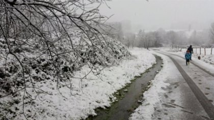 Este jueves se espera nieve por encima de los 700 metros y las temperaturas no superarán los 10 grados