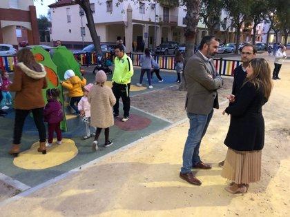Irene García comprueba la transformación de La Dehesilla gracias a obras financiadas con PFEA