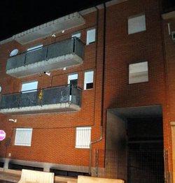 AMPLIACIÓ:Un incendi en un edifici de Juneda obliga a passar la nit en una casa de colònies 120 veïns (ACN)