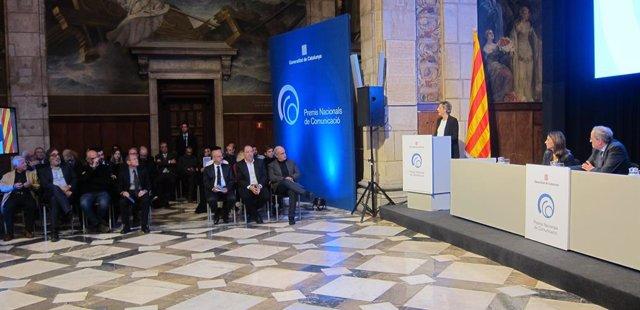 El president de la Generalitat, Quim Torra, i la consellera Meritxell Budó, en l'entrega dels Premis Nacionals de Comunicació
