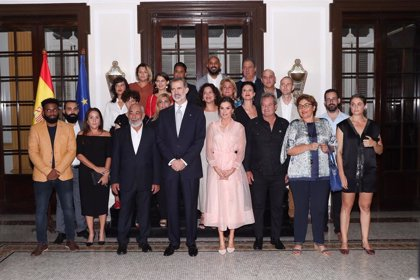 Cuba.- Los Reyes reciben en audiencia a representantes de la sociedad civil cubana en la Embajada de España