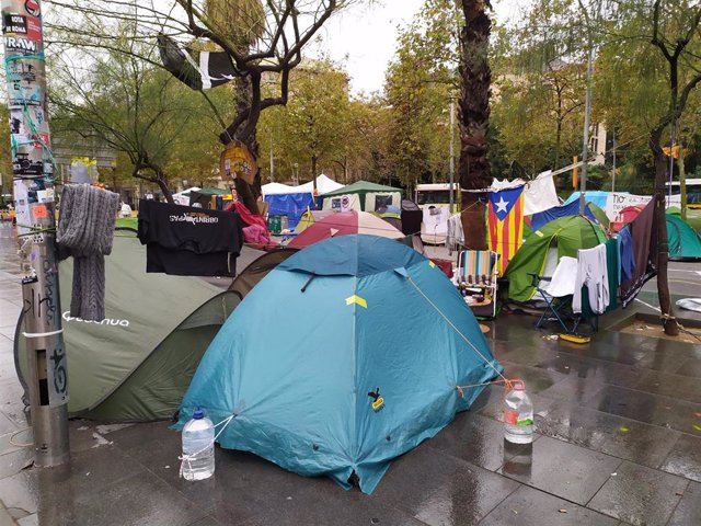 Acampada de la plaza Universitat de Barcelona
