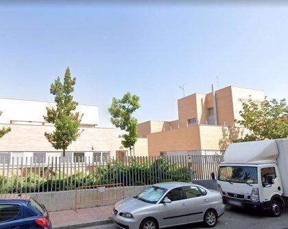 Buscan a un hombre que intentó raptar a una niña a la salida de un colegio de Alcalá