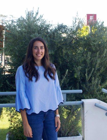 Marta Tío Sáenz, doctora por la UR con una tesis sobre lematización de verbos del inglés antiguo