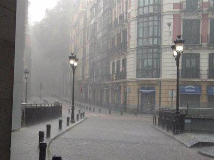 Tiempo inestable, con chaparrones, tormentas y granizo este viernes en Euskadi