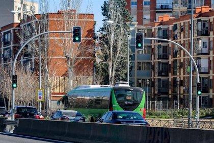 Un juzgado admite a trámite el recurso de Más Madrid contra el 'apagón' de los semáforos de la A-5
