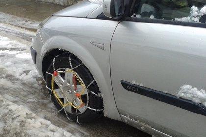 Cómo colocar las cadenas en las ruedas del coche si hay nieve