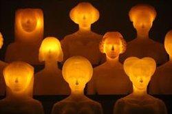 L'escultor gironí Gerard Mas porta la seva irreverència i ironia a Montserrat (ACN)