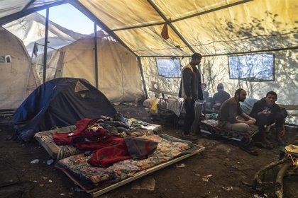 El frío empeora la situación de miles de migrantes atrapados en la frontera entre Bosnia y Croacia