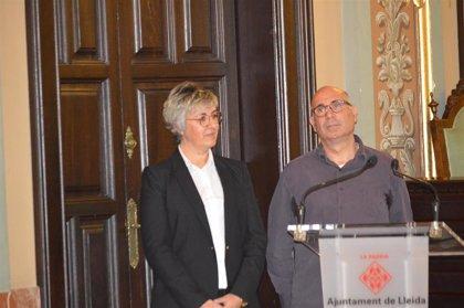 Jordi Romeu gana el Premi Vallverdú de ensayo y Anna Garcia, el Màrius Torres de Poesía