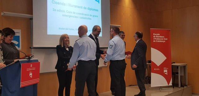 El conseller d'Interior de la Generalitat, Miquel Buch, en el tancament del segon curs de Coordinació de grans emergències i catàstrofes de l'Institut de Seguretat Pública de Catalunya (ISPC), a Mollet del Vallès (Barcelona).