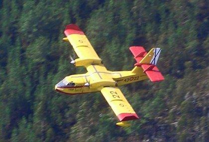 Defensa destina 12 millones de euros a la adquisición de repuestos para sus aviones contraincendios
