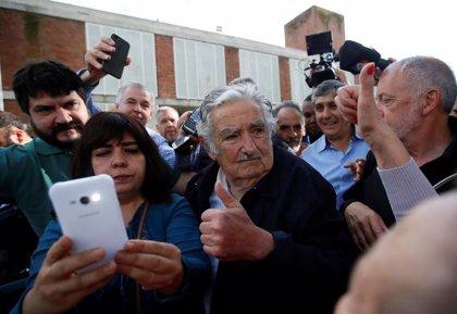 """Mujica alecciona al candidato de su partido: """"Un presidente no es ningún dios"""""""