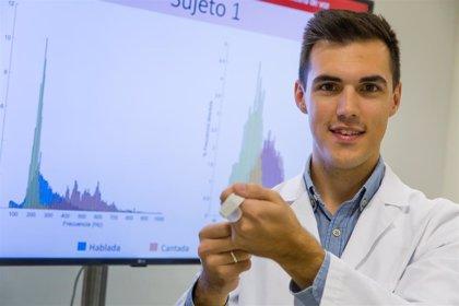 Investigador español desarrolla un dispositivo que se adapta a la garganta para detectar lesiones en la voz