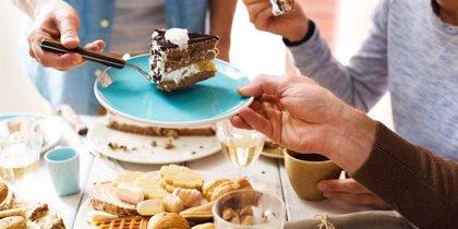 Apenas dos días de dieta alta en azúcar podrían aumentar el riesgo de colitis ulcerosa