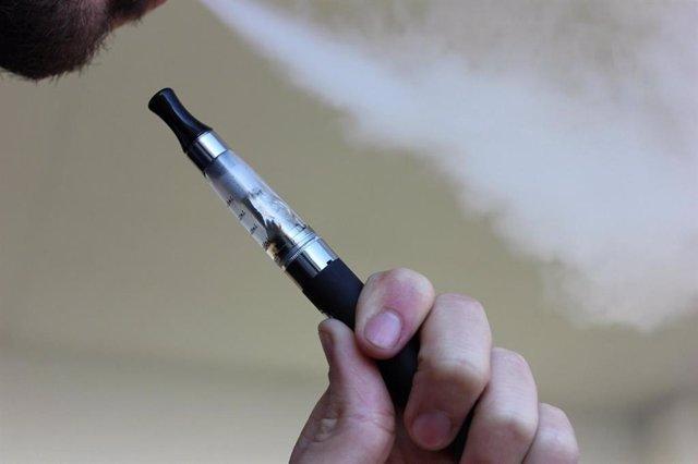 El cigarrillo electrónico.