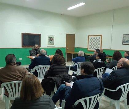 """""""Frente común"""" en Pino Montano ante la apertura de una sala de apuestas junto a colegios e institutos"""