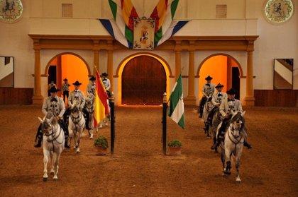 La Real Escuela Andaluza del Arte Ecuestre participa en la gala del 40º aniversario de la Escola Portuguesa