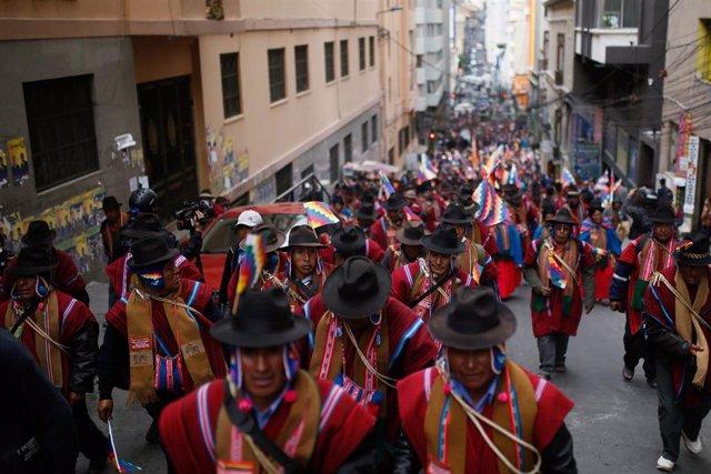 Manifestación en La Paz a favor del dimitido presidente de Bolivia Evo Morales