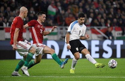 La Uruguay de Suárez y Valverde se lleva la victoria en el estreno del Puskas Arena