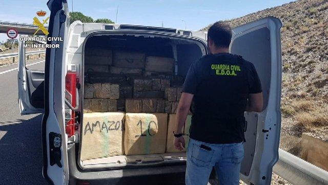 S'han confiscat prop de 4.500 quilos d'haixix i 11 vehicles, entre altres efectes.