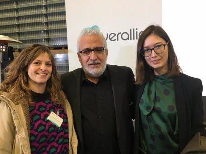 Las alumnas de la ESDIR, Estela Pérez y Carlota Carrillo, ganan el concurso nacional de diseño Verallia Design Awards