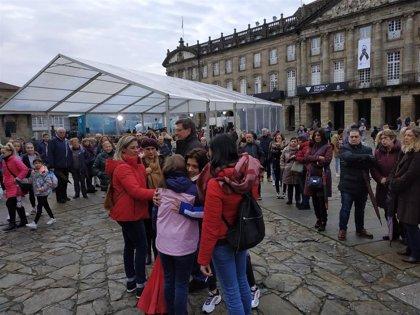 Santiago arropa a Juan Carlos y Valeria Quer en un minuto de silencio en memoria de Diana