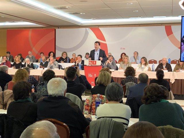 El secretario xeral del PSdeG, Gonzalo Caballero, ante el Comité Nacional.