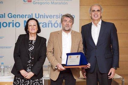 El jefe de servicio de Neonatología del Hospital Gregorio Marañón, premiado por su labor médica con niños prematuros