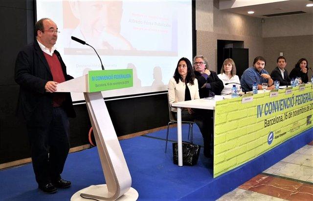 Miquel Iceta (PSC), Esther Niubó (Fundació Campalans), Joan Tardà (ERC), Jéssica Albicach (comuns), Ferran Pedret (PSC), Nacho Martín Blanco (Cs) i Astrid Barrio (Lliga Democràtica): IV Convenció Federalista de la Fundació Rafael Campalans a Barcelona