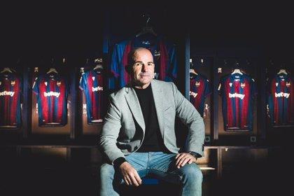 Paco López renueva como técnico del Levante hasta junio de 2022