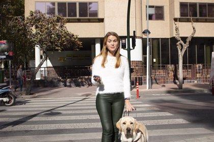 Ayuntamiento Murcia comienza a instalar en la capital sistema en semáforos que contenta a vecinos y personas invidentes